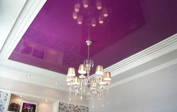 Натяжные потолки лилового цвета